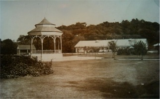 The pavillion before its conversion to a Kinema in 1922