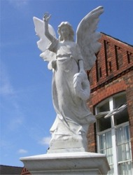 The Crosby Angel - War Memorial, Crosby, Scunthorpe.